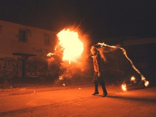 Feuer-entertain.de
